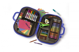 Giveaway: Crayola Ultimate Art Case